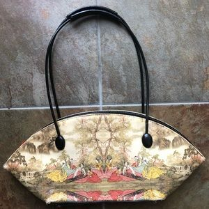 Handbags - 🎉SALE🎉Geisha Handbag